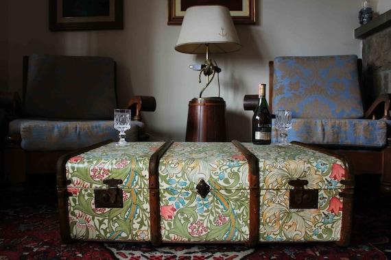 Exclusive William Morris Wallpaper Vintage Steamer Trunk