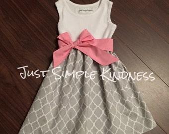 Girls Gray Quatrefoil Tank Dress, Girls Dresses, Girls Easter Dress, gray Pink dress, Girls Spring Dress, Gray Dress