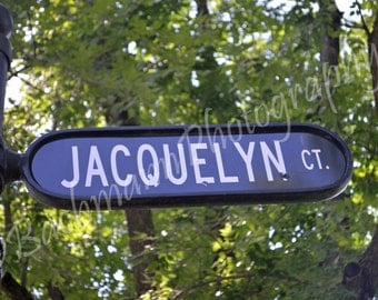 Jacquelyn Street Sign