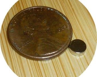 "200 Neodymium disc 3/16 x  inch X 1/16"" rare earth magnets great for bottle caps - USA SELLER"