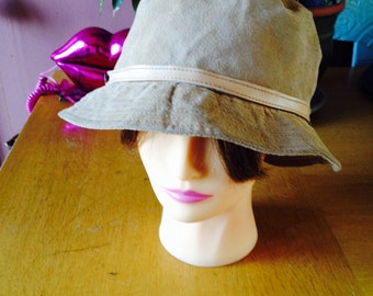 Suede leather bucket hat