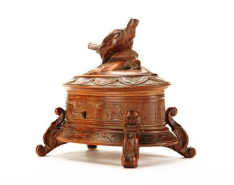 Black Forest 19th century Oval Jewelry Box w/Figural Carved Bird