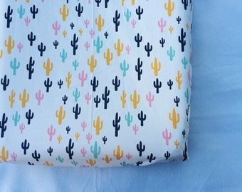 Cactus fitted crib sheet