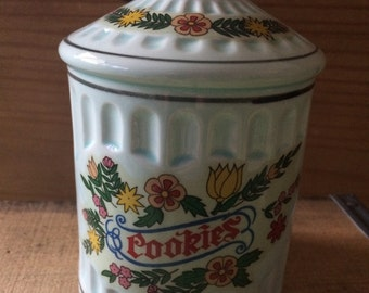 Vintage Ceramic Cookie Jar Bank