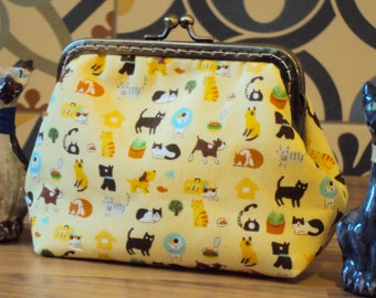 Cat and dog purse. Pets at the vets. Animal kisslock purse.