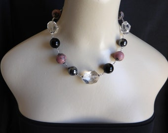 Rhodonite and onyx necklace