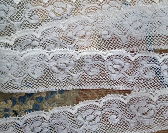 Antique Lace Trim - French Valenciennes - Ivory White Lace Trim - Vintage Sewing Supply - By the Yard