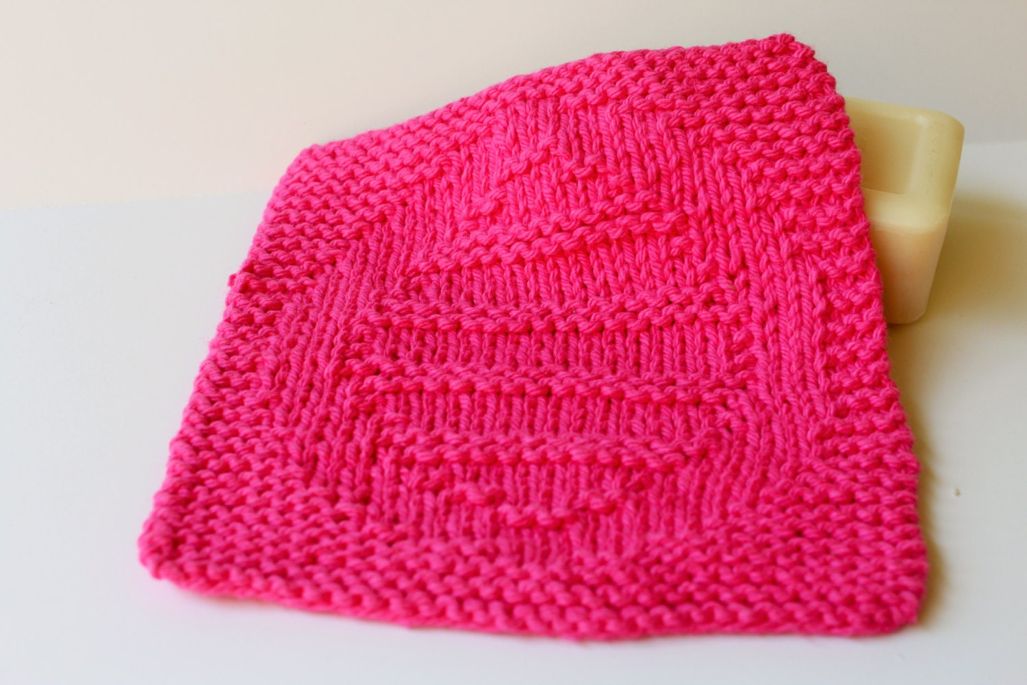 Knitted Dishcloth Patterns For Easter : Easter Egg Knit Easter Dishcloth Pink Easter Washcloth Pink