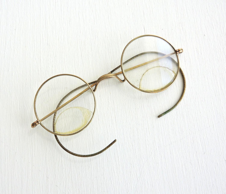 64ca13029 Bent Vintage Eyeglasses, Photo Prop, Antique Bifocals in Case, Old Gold  Rimmed Eye Glasses, Round Windsor Style Eyewear, Saddle Bridge