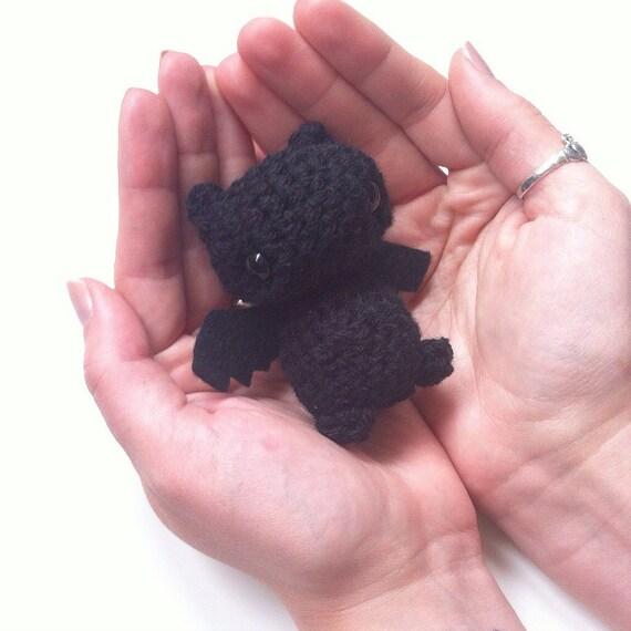 Crochet Amigurumi Bat with Felt Wings cute black halloween
