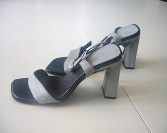 Vintage, References, Light Blue/Grey, Leather, High Heel Shoes.