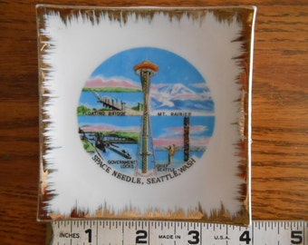 Space Needle, 1964 World's Fair in Seattle Washington, Souvenir Small Wall Decor, Collectible World's Fair, Celebrate the Space Needle