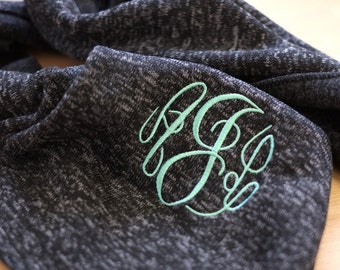 Monogram Scarf -- Embroidered Scarf -- Personalized Scarf -- bridesmaid scarf -- Fleece Scarf -- Heather Knit Scarf - with Initials Scarf