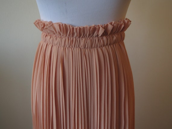 chiffon pleated skirt pink color