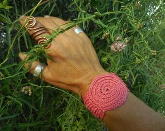 Spiral Power Cuff in Dusty Desert Pink