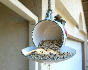 Vintage Apple Teacup Hanging Bird Feeder/Teacup Bird Feeder/Decorative Garden Bird Feeder
