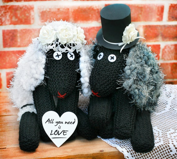 Wedding Gifts For Country Couple : ... couple with heart, Wedding gift, Mr and Mrs, Country wedding decor