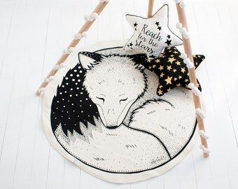 Sleepy Fox Play Mat / Nursery Decor / Floor Mat / Hand Printed / Rug / Black on White / Organic Options