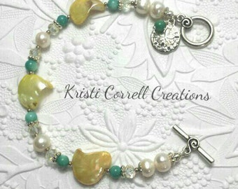 Yellow shell and pearl bracelet, Yellow shell bracelet, Yellow and turquoise shell bracelet, Turquoise and pearl bracelet, shell bracelet