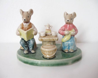 COLLECTIBLE MOUSE FIGURINE / Glazed ceramic / Mouse family / Pottery / Ceramic / Porcelain