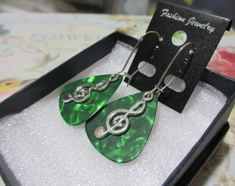 Music NOte, Treble Clef, Custom Jewelry, Music Gift, Mother's Day Gift, guitar pick earrings, Guitar, Drum, Saxophone, Music Note