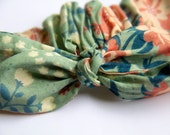 Floral baby/toddler tie headband with elastic back