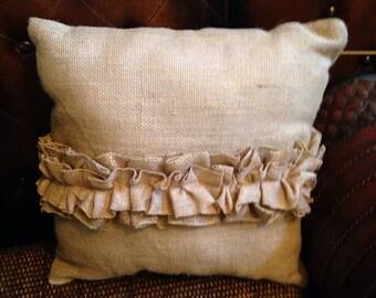 Ruffle pillow 16x16