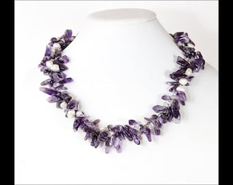 Amethyste and Pearls Crocheted Statement Necklace
