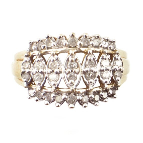 10k gold cluster crown ring with 32 diamonds