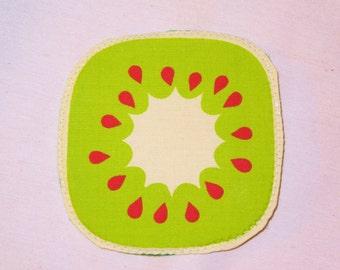 Kiwi coaster,Kiwi potholder, fruits coaster, fruits potholder,fruit coaster,fruit potholder, quilted coaster,quilted potholder