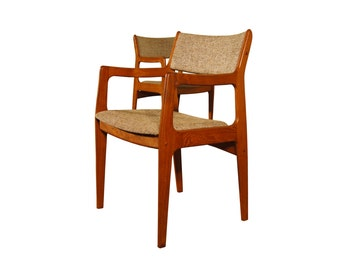 Teak Mid Century Danish Modern set of 6 Dining Chairs - Table Available