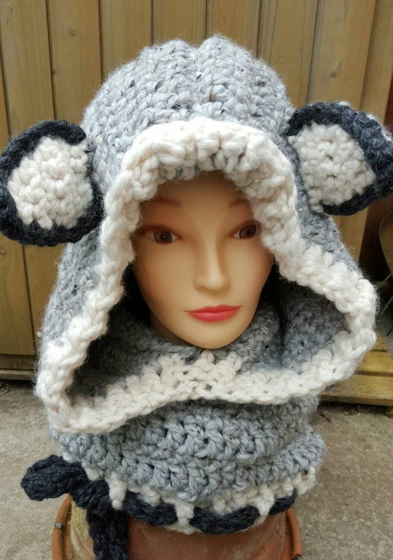 Items similar to Woodlynn wolf hooded cowl crocheted from ...
