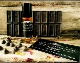 Sale! CIRQUE DE CHOCOLAT Perfume Oil - Dark Cocoa, Vanilla, Amber Resin, Benzoin, Natural Perfume, Vegan Perfume,Perfume