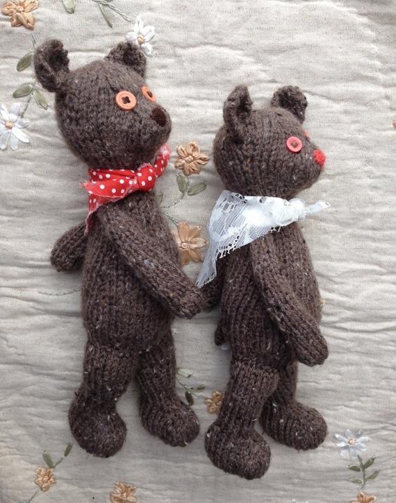 Knitting Patterns Teddy Bear Stuffed Animals : Papa Mama Bear KNiTTING PaTTERN TuTORiAL Knit Heirloom Child Soft Toy PaTTeRN...