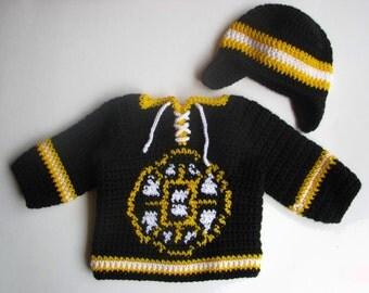 Boston Bruins Baby Hockey Sweater and Hat