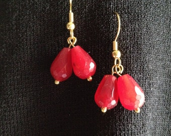 EARRINGS,RUBIES GENUINE, Scarlet Red Rubies, Gold, French Fish Hook Ear Wires