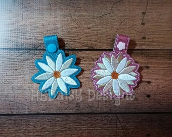 Daisy Key Fob Digital Embroidery Design - Two and Three Layer Petal Options