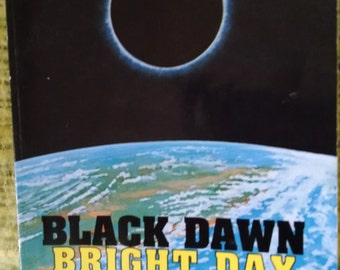 SUN BEAR..Black Dawn Bright Day Book...Spirituality..Vintage 1990.Signed copy