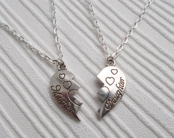 mother and daughter necklace set mum and daughter jewelry silver necklaces heart jewellery set of two necklaces family jewellery gift