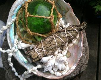 YERBA SANTA, Smudge Stick, Bundle, Holy Herb, Sacred Herb, Healing smoke, Natural Incense Smudge bundle Healing powers Ceremonial