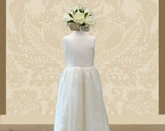 Ivory flower girl dress, with fixed bow at the back