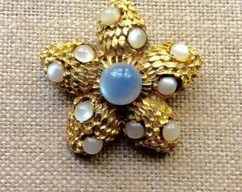 Retro Baby Blue and Ivory Moonglow Goldtone Brooch