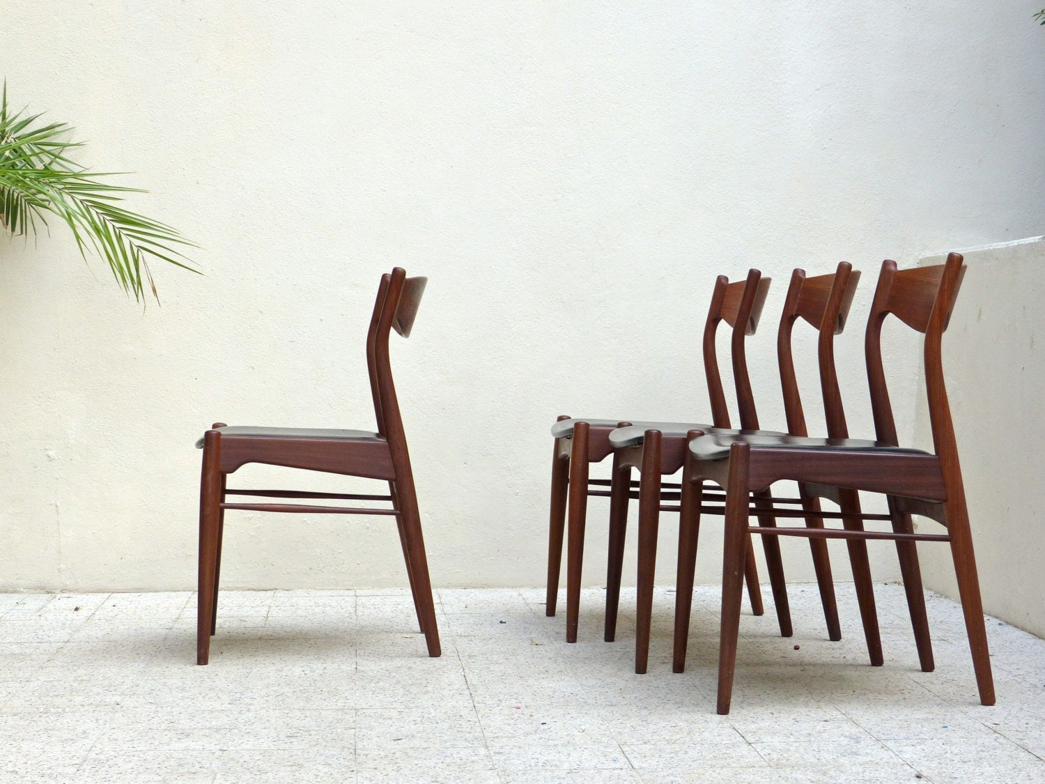 Reserved for nantini lot de 4 chaises scandinaves teck - Chaises scandinaves vintage ...