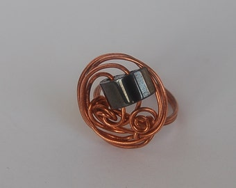 Ring of copper with gematit, handmade