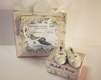 White Leather Girls Miniature Mary Jane Dolls House Shoes