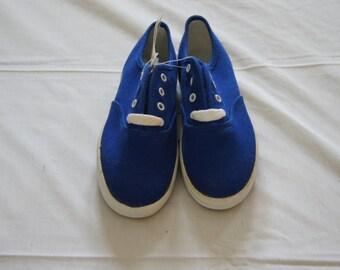 Vintage 1990's - New Kids Keds Blue Canvas girls shoes - size 13m