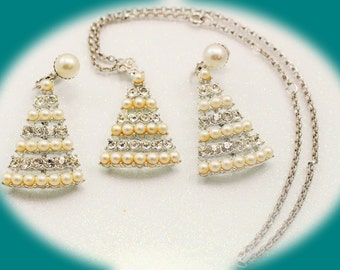 Vintage Jewelry Set Sarah Coventry  Rhinestone Faux Pearl Necklace and Earrings Vintage Necklace Vintage Jewelry
