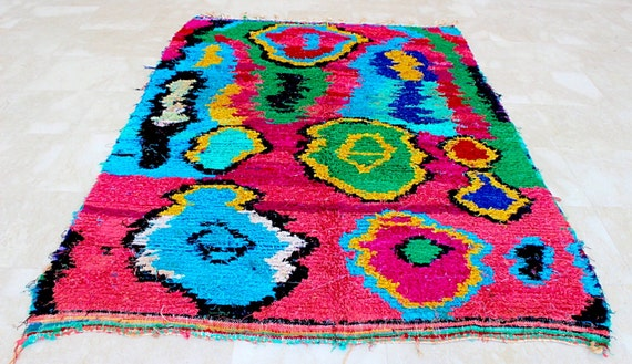 Amazing Colours And Graphic !! Boucherouite Rug , Rag .