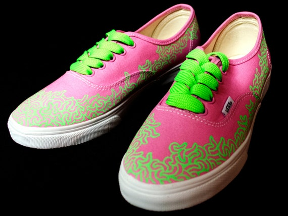 Custom Vans Shoes. Female Size 8. Title: Organized Flow