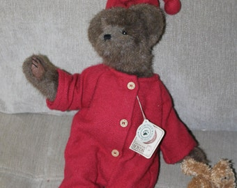Vintage Gen-yoo-wine Boyds Bear T.J.'s Best Dressed, 1992, Tags and Label Still On It,  For ages 4 and Up, Sleepwear with hat & Second Bear
